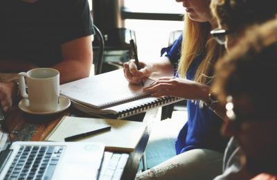 Irap e professionisti: autonoma organizzazione e compensi a collaboratori esterni