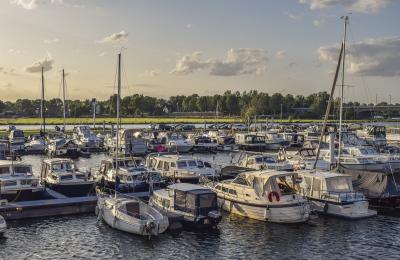 Trasporto pubblico di passeggeri via acqua: iva al 5% o al 22?