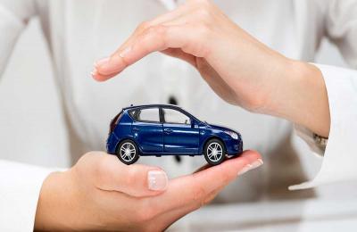 Sconti obbligatori sulle polizze RC auto: definite le regole dall'IVASS