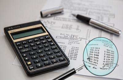 Rivalutazione beni di impresa: esempi di calcolo e verifica del limite massimo