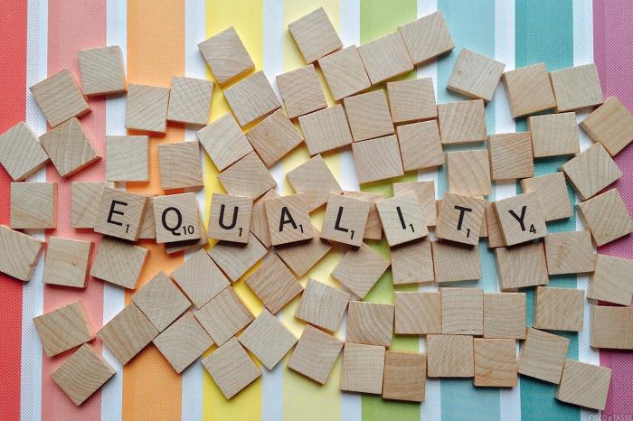Pari opportunità: incentivi per lavoro femminile, strumento contro la violenza di genere