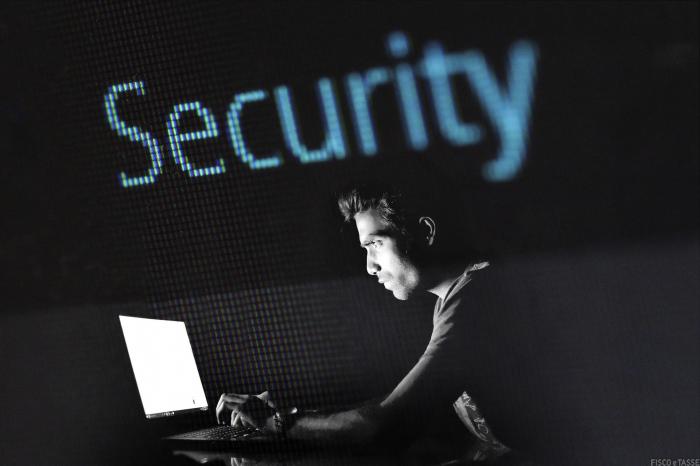 Phishing a danno degli utenti con finte mail della Agenzia delle Entrate