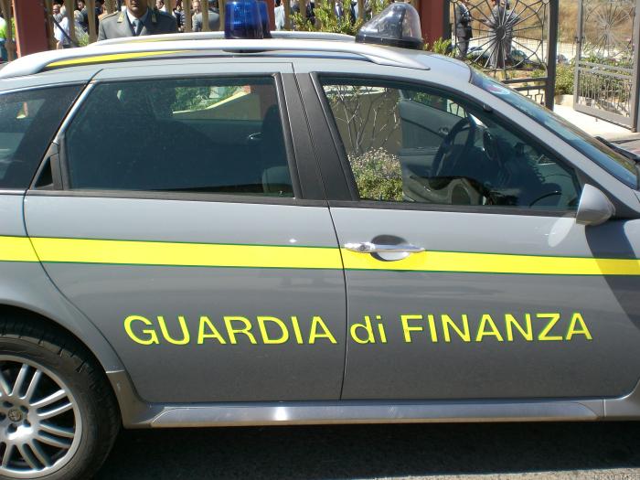 Concorso Guardia di Finanza 2021: 571 posti