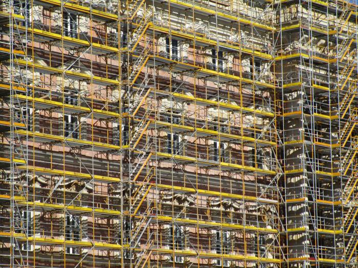 Demolizione e rivendita di unità immobiliari: è sempre reddito d'impresa