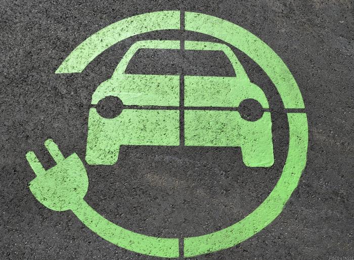 Aliquota Iva per Auto elettriche e colonnine di ricarica