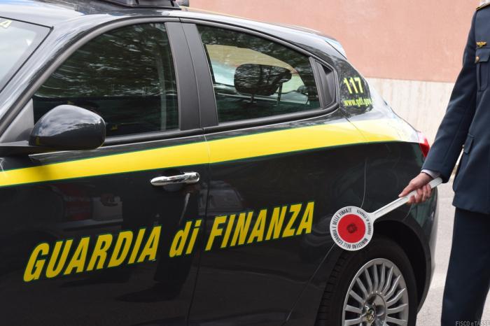 Accessi  Guardia di Finanza senza autorizzazioni